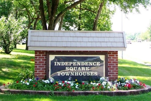Independence Square Front Sign